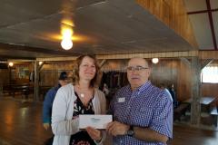 Doris Behrens, gagnante du prix de l'auberge du lac taureau  avec Pierre VE2FCM